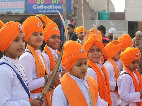 प्राचीन भारतीय युद्ध कलाएं, गतका, गतका का इतिहास, बाबा बुड्ढा जी, शस्त्रकला गतका के पहले गुरु, ancient india, ancient indian martial art, ancient indian war art, gatka, sikh yuddh kala gatka, sikh, sikh martial art,